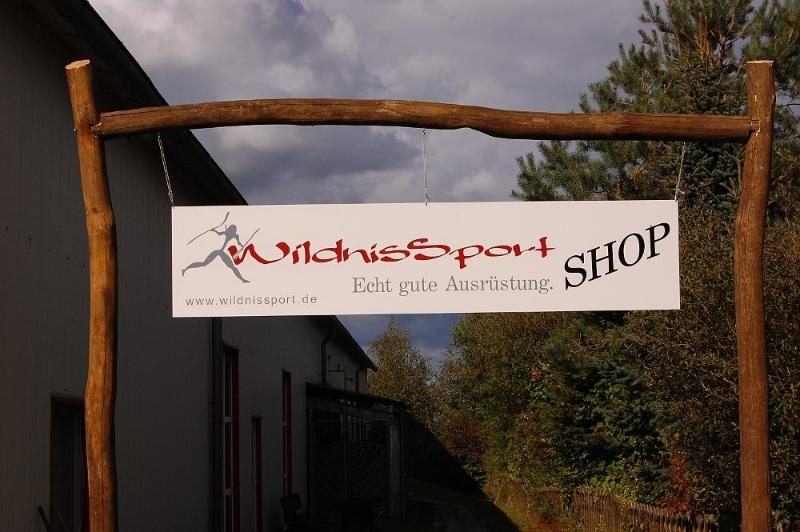 wildnissport-shop-ladenschild