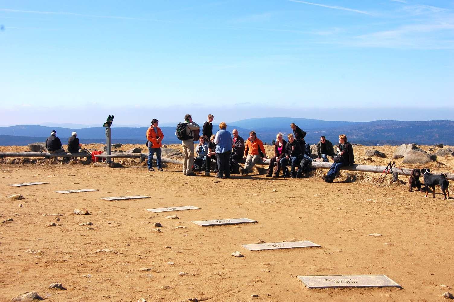 Das Wildnissport-Team oben auf dem Brocken