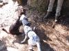 Junge Wildnisportler beim Spiel