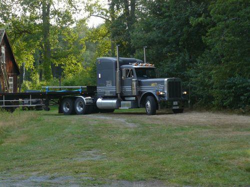 Truck kommt näher
