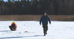 Stephan irgendwo in Schweden auf dem Eis