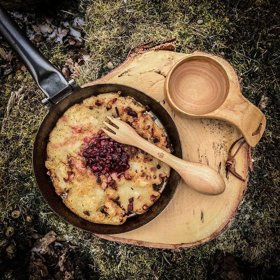 Blaubeerpfannkuchen aus der Stabilotherm Jägerpfanne - ein Klassiker der schwedischen Outdoorküche!